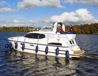Cruiser with Blue Sky-P